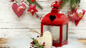 Download-winter-snow-holiday-heart-star-candles-Christmas-lantern-New-year-star-wallpaper-wp6005773